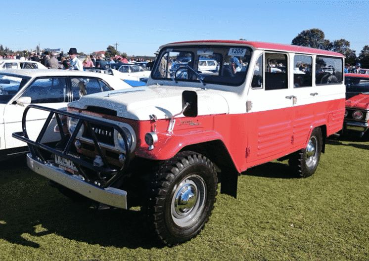 Toyota Land Cruiser Station Wagon