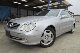 2004 Mercedes-Benz CLK240 39