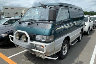 1995 Mitsubishi Delica Starwagon (Arriving late December)