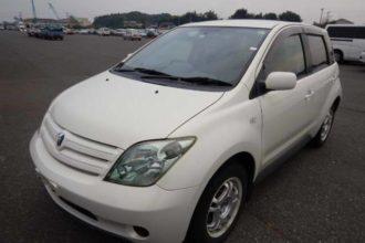 2004 Toyota IST 1.5F L edition 29